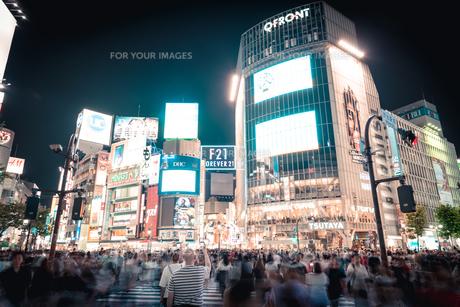 渋谷の夜の写真素材 [FYI01232234]