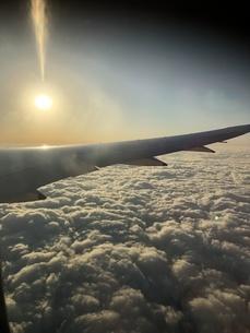 飛行機 景色の写真素材 [FYI01232300]