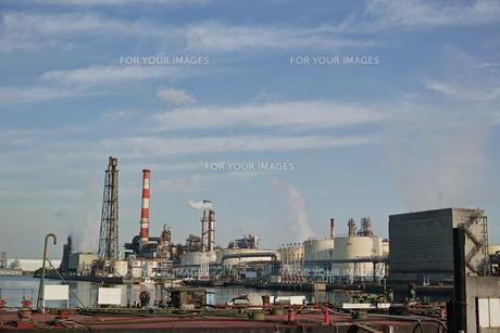 川崎の工業地帯の風景の写真素材 [FYI01232365]