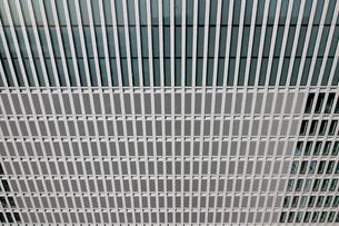 高層ビルの壁にクローズアップした都市のテクスチャの写真素材 [FYI01232857]