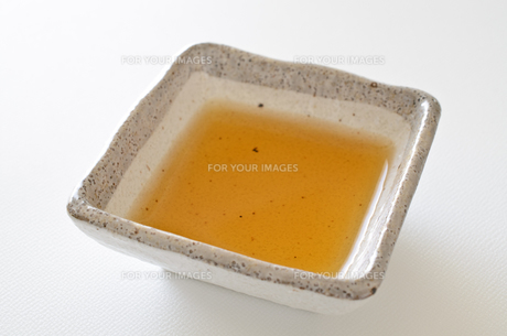 ごま油の写真素材 [FYI01233011]