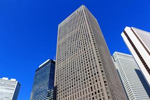 東京新宿の高層ビル群の風景の写真素材 [FYI01233147]