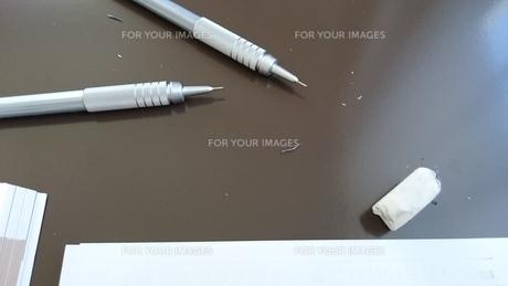 机の上 on the deskの写真素材 [FYI01233224]