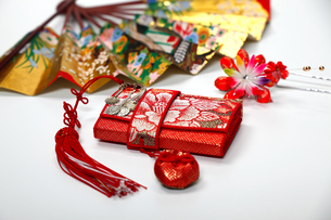 和風イメージ 和服の小物の写真素材 [FYI01234431]