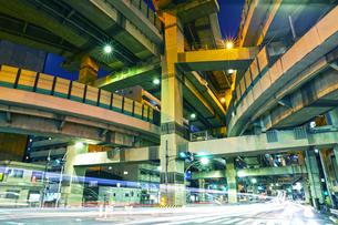 首都高速道路の箱崎ジャンクションの写真素材 [FYI01234457]