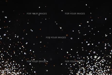 飛散るカラーサンドの写真素材 [FYI01234500]