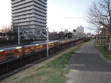 通勤電車の写真素材 [FYI01234585]