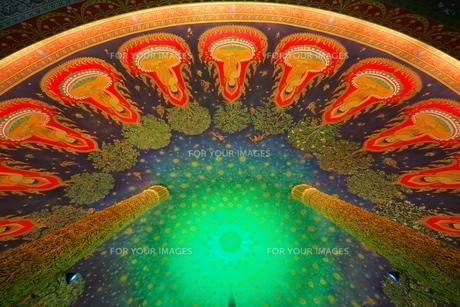 ワットパクナムの天井画の写真素材 [FYI01234677]