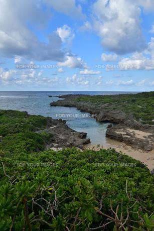 宮古島/白鳥海岸の写真素材 [FYI01235240]