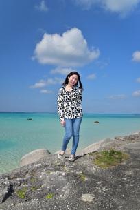 宮古島/リフレッシュ休暇の女性の写真素材 [FYI01235543]