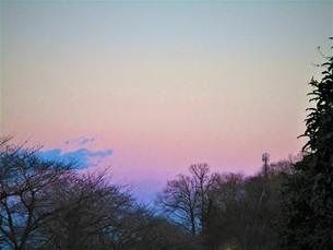 真冬の夕焼けの写真素材 [FYI01236024]