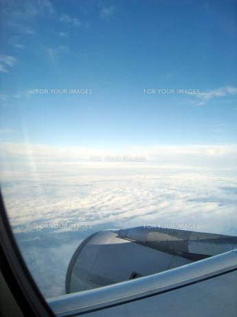 飛行機から見た風景の写真素材 [FYI01236399]