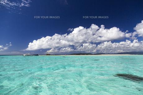南の島の楽園ビーチの写真素材 [FYI01236419]