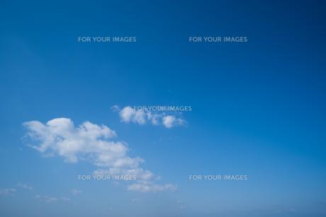 青空 雲 背景素材の写真素材 [FYI01237356]