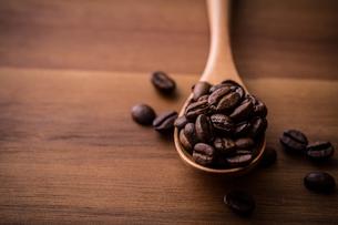 コーヒー豆の写真素材 [FYI01237627]