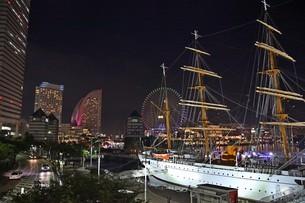 横浜の夜景の写真素材 [FYI01237744]