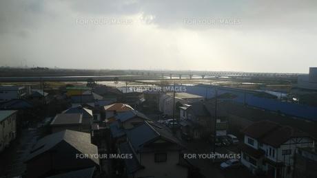 富士川 富士川橋梁 雨上がりの写真素材 [FYI01238208]