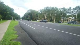 オーストラリア クイーンズランド州 ケアンズ郊外 道路 Australia Cairnsの写真素材 [FYI01238251]