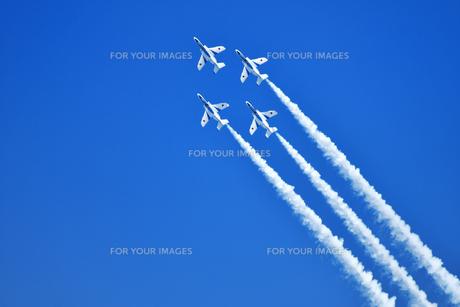 アクロバット飛行の写真素材 [FYI01238286]
