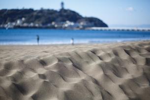 砂浜と島の写真素材 [FYI01238546]