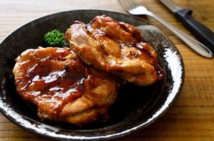 鶏の照り焼きの写真素材 [FYI01238973]