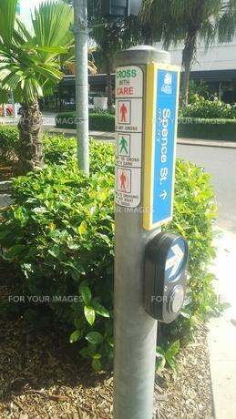 オーストラリア クイーンズランド州 ケアンズ 押しボタン Australia Queensland Cairnsの写真素材 [FYI01238996]