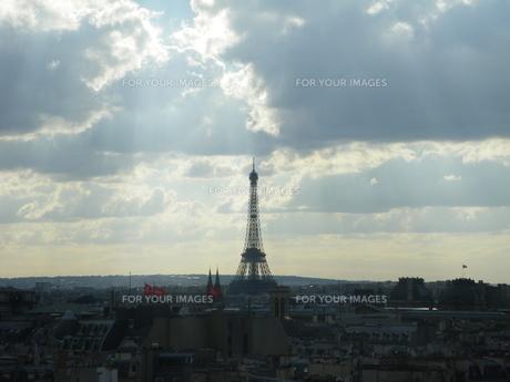 天を指す塔の写真素材 [FYI01239158]