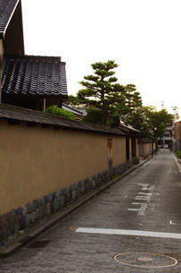 金沢の町並み 旧武家屋敷の写真素材 [FYI01239469]