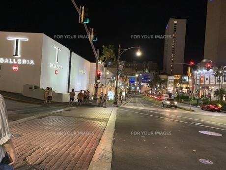 グアムの道路の写真素材 [FYI01239528]