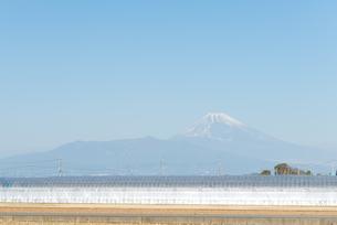 富士山のある景色の写真素材 [FYI01240223]