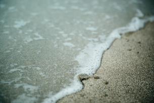 波打ち際の写真素材 [FYI01240302]