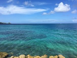 沖縄 恩納村 美ら海の写真素材 [FYI01240369]