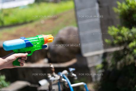 水鉄砲の写真素材 [FYI01240483]