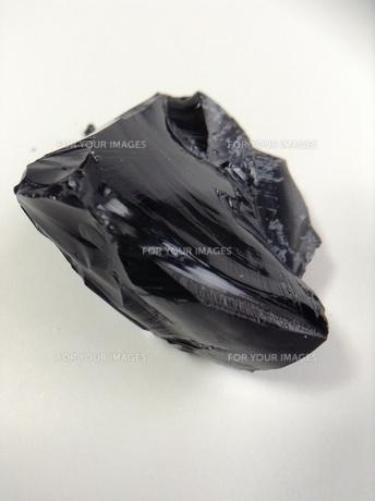 黒曜石の塊の写真素材 [FYI01241403]