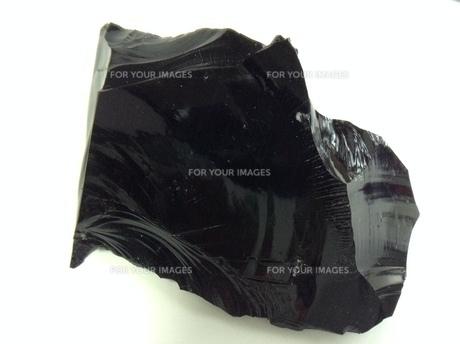 黒曜石の塊の写真素材 [FYI01241406]