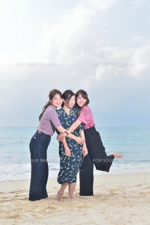 宮古島/リフレッシュ休暇の女性の写真素材 [FYI01241482]