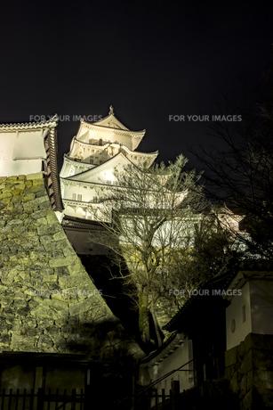 夜の姫路城の写真素材 [FYI01241658]