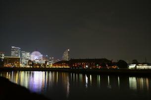 みなとみらいの夜景の写真素材 [FYI01242361]