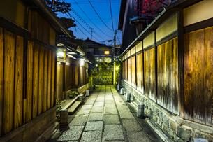 京都石塀小路の写真素材 [FYI01242701]