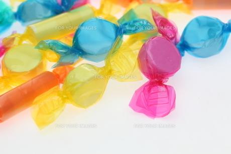 ラムネ菓子の写真素材 [FYI01242730]