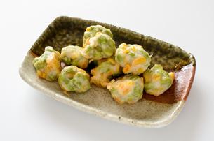 枝豆とトウモロコシの薩摩揚げの写真素材 [FYI01243090]