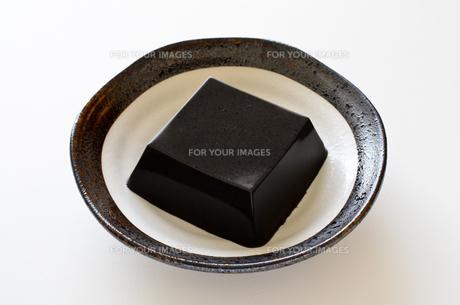 黒ごま豆腐の写真素材 [FYI01243462]