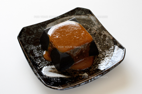 黒ごま豆腐の写真素材 [FYI01243466]