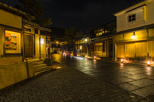 京都東山花灯路の写真素材 [FYI01243613]