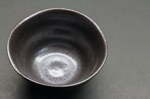 黒い茶碗の写真素材 [FYI01244449]