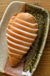 サラダチキン スモークの写真素材 [FYI01244582]