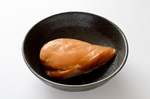サラダチキン スモークの写真素材 [FYI01244583]