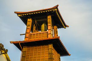 川越・小江戸の時の鐘の写真素材 [FYI01244742]