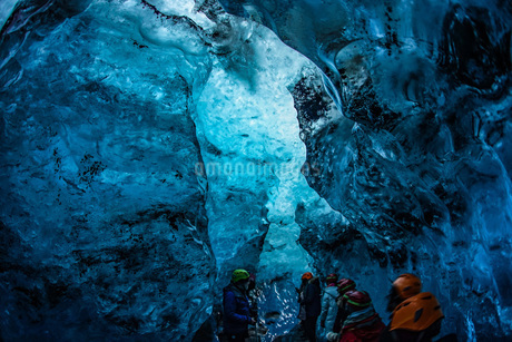 アイスランド・氷の洞窟(ヴァトナヨークトル)の写真素材 [FYI01244769]