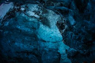 アイスランド・氷の洞窟(ヴァトナヨークトル)の写真素材 [FYI01244773]